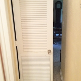 hvac-system-closet-louvered-door3